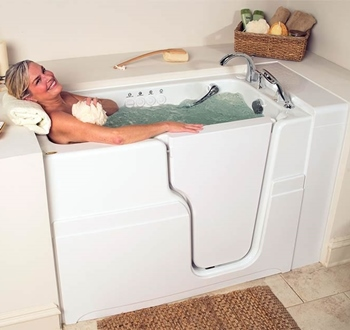 Advantages of Walk-In Bathtubs