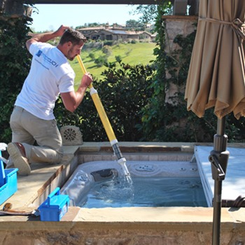 How to Keep Your Inflatable Jacuzzi Clean